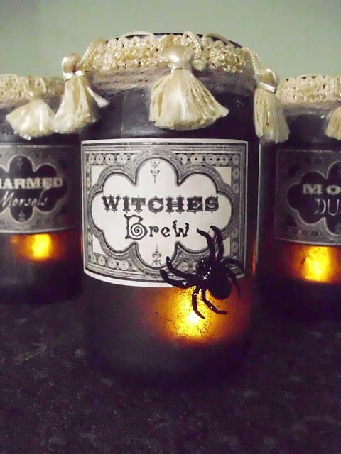 Vintage Potion and Spell Jars for Halloween! (Excellent tutorial on how to make your own step by step!)