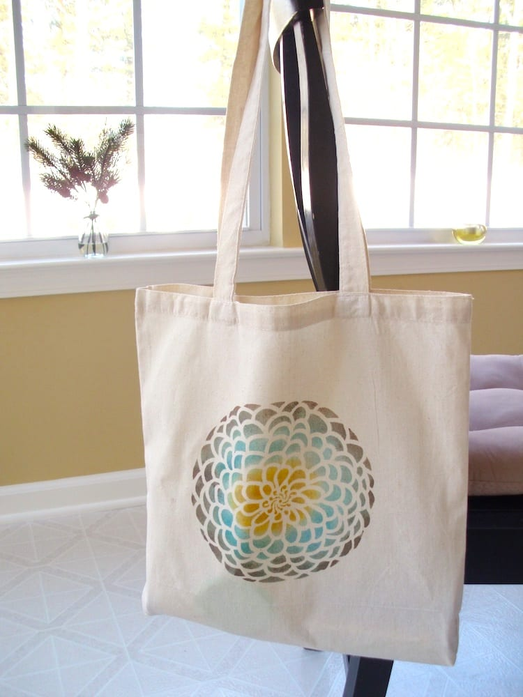How to Stencil a Tote Bag DIY