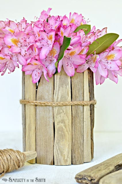 Driftwood Vase Tutorial | Simplicity in the South