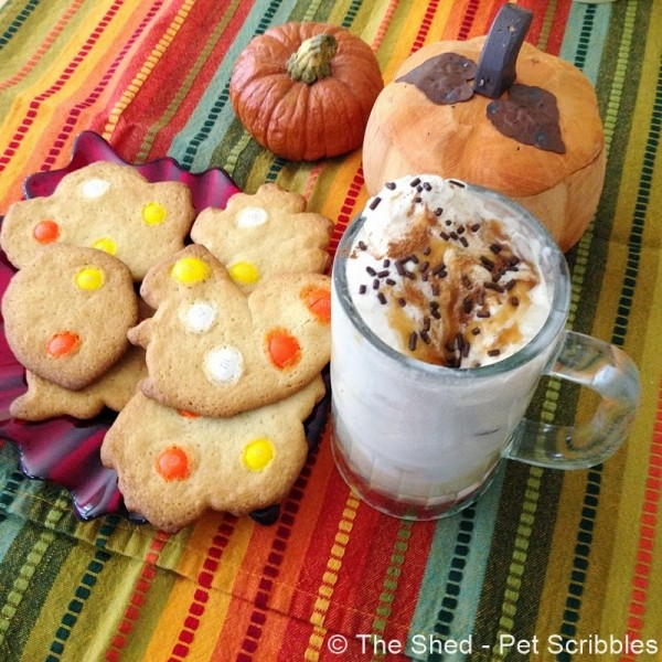Apple Juice and Caramel Ice Cream Float #HarvestFun #shop