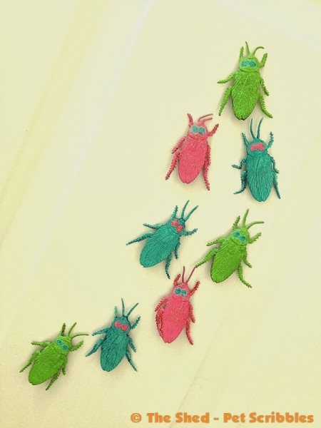 """Painted Glittered Halloween Bugs: you can """"pretty up"""" fake rubber bugs in 15 minutes!"""