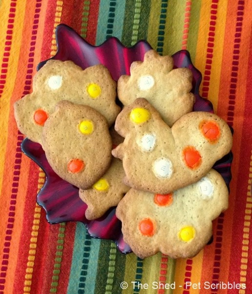Super Easy M&M's Candy Corn Sugar Cookies #HarvestFun #shop