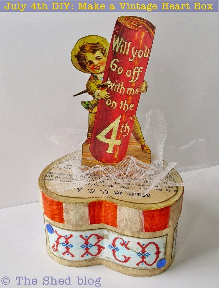 Fourth of July Vintage-Style Paper Maché Box!