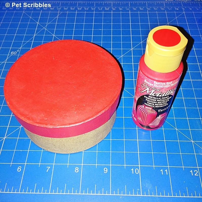DecoArt Dazzling Metallics Paint in Festive Red