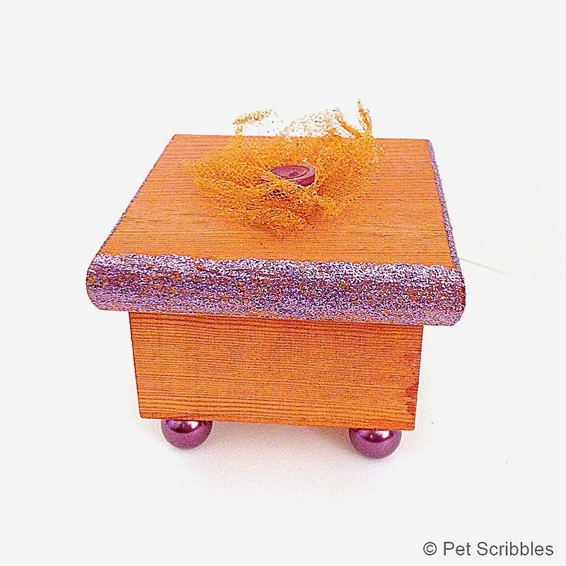 An unfinished wood box gets dyed (twice!) and decorated in a sweet, shabby way!