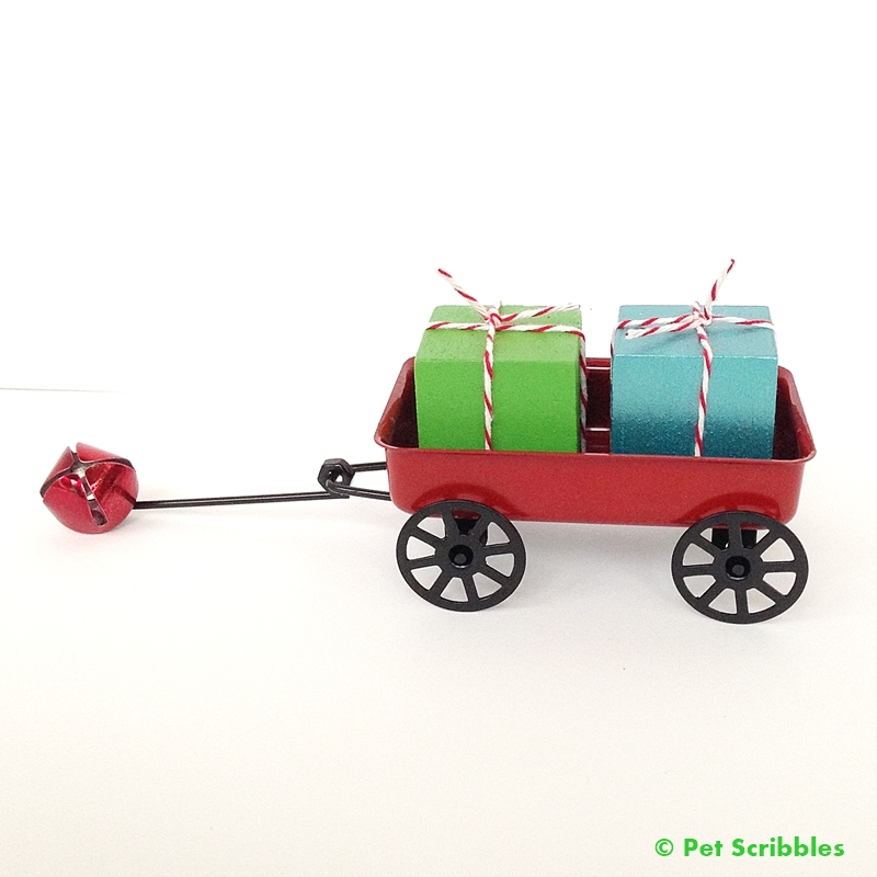 Make Your Own Miniature Christmas Presents with this easy DIY!
