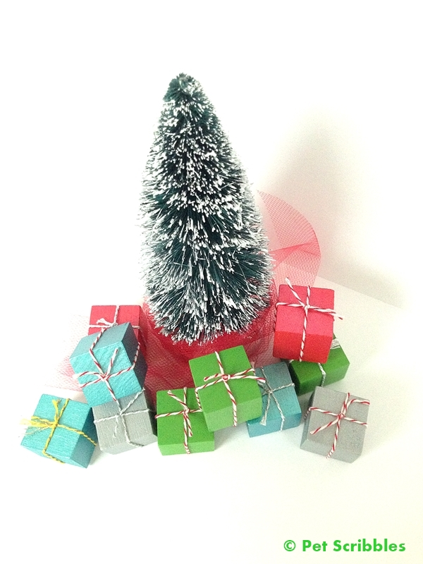 diy miniature christmas presents to go with your bottle brush trees