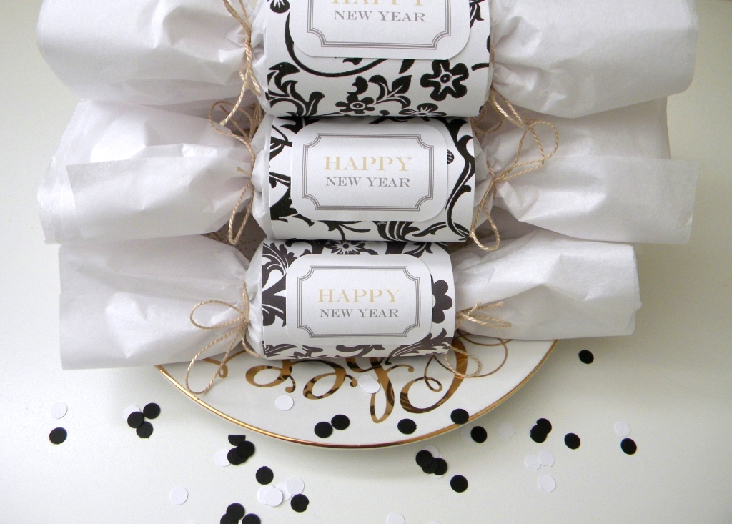 black & white new year's party – party crackers by Homework