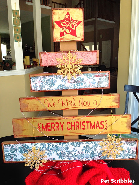 DIY Faux Wood Pallet Christmas Tree: This easy DIY came from a kit!