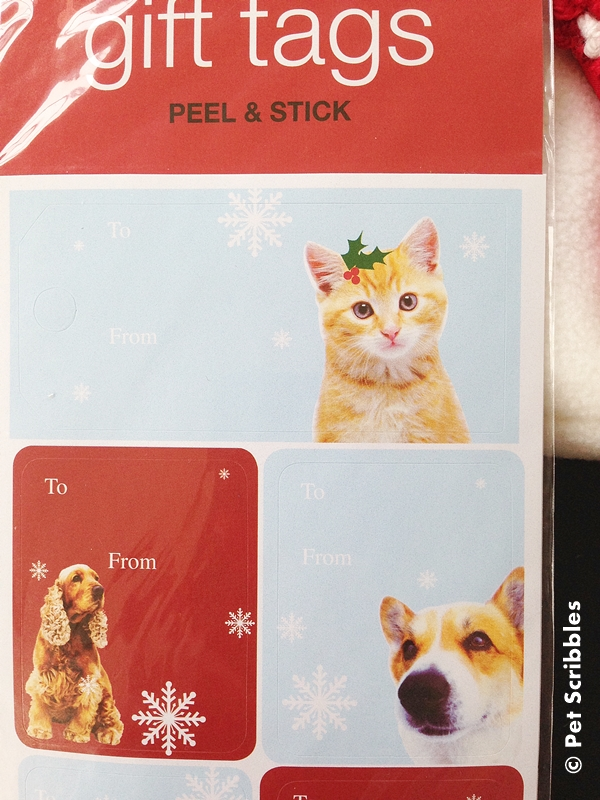 Last Minute Christmas Gifts: My three must-haves for an awesome pet stocking! #HappyAllTheWay #shop #cbias