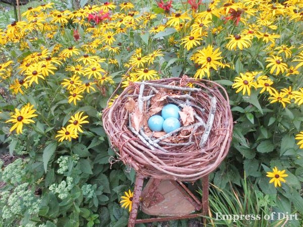 DIY Garden Art Bird Nest by Empress of Dirt