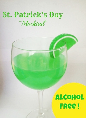 St. Patrick's Day Mocktail | 3 Boys and a Dog