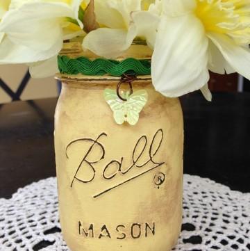 Distressed Mason Jar Vase