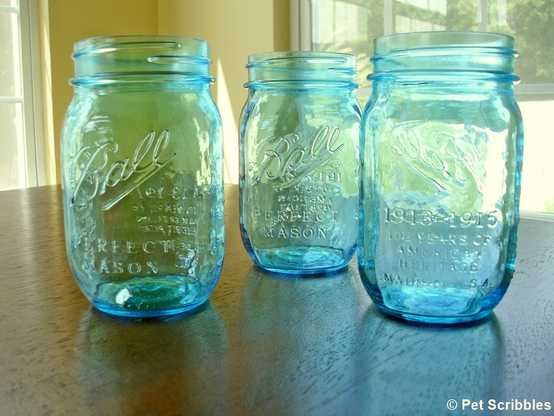 Blue Mason Jar Vases: painted and distressed! (tutorial)