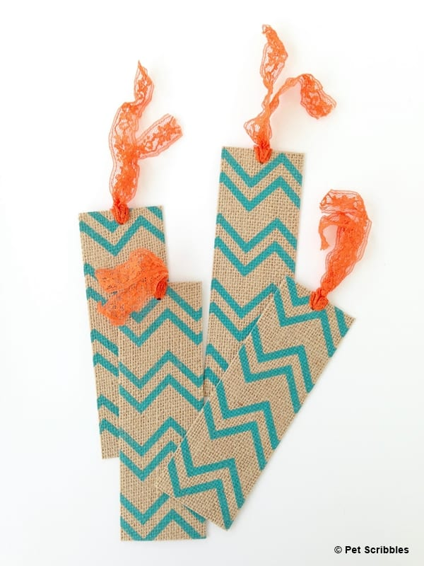Easy Burlap Bookmarks