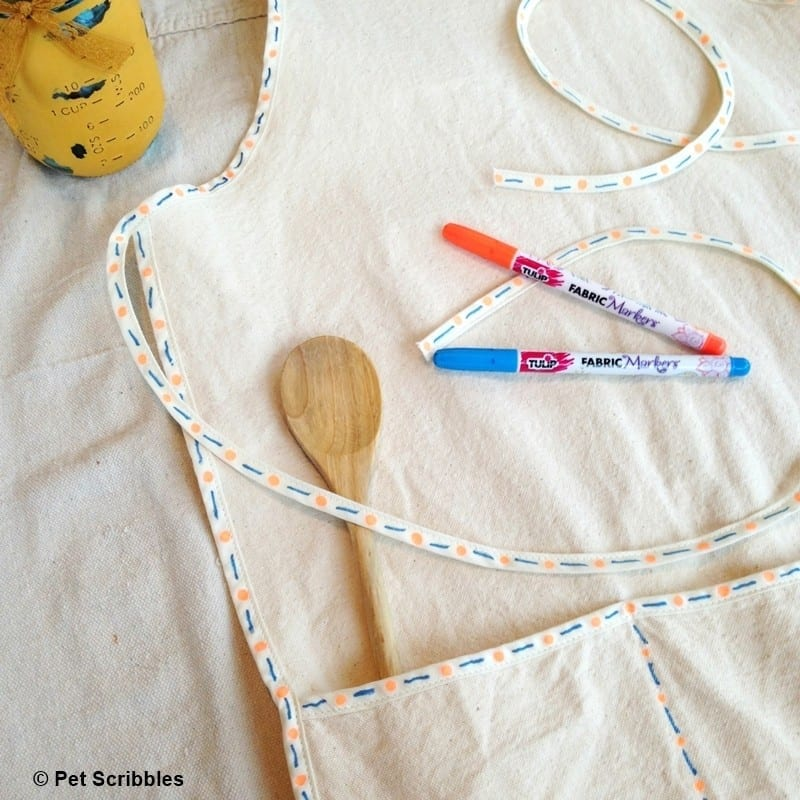 Apron Makeover with Tulip Fabric Markers