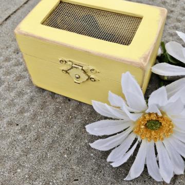 DIY Wedding: Wood Box Wedding Favor