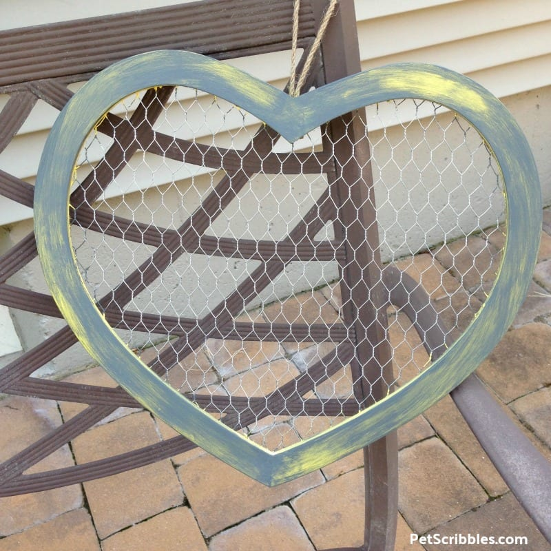 painted rustic chicken wire heart