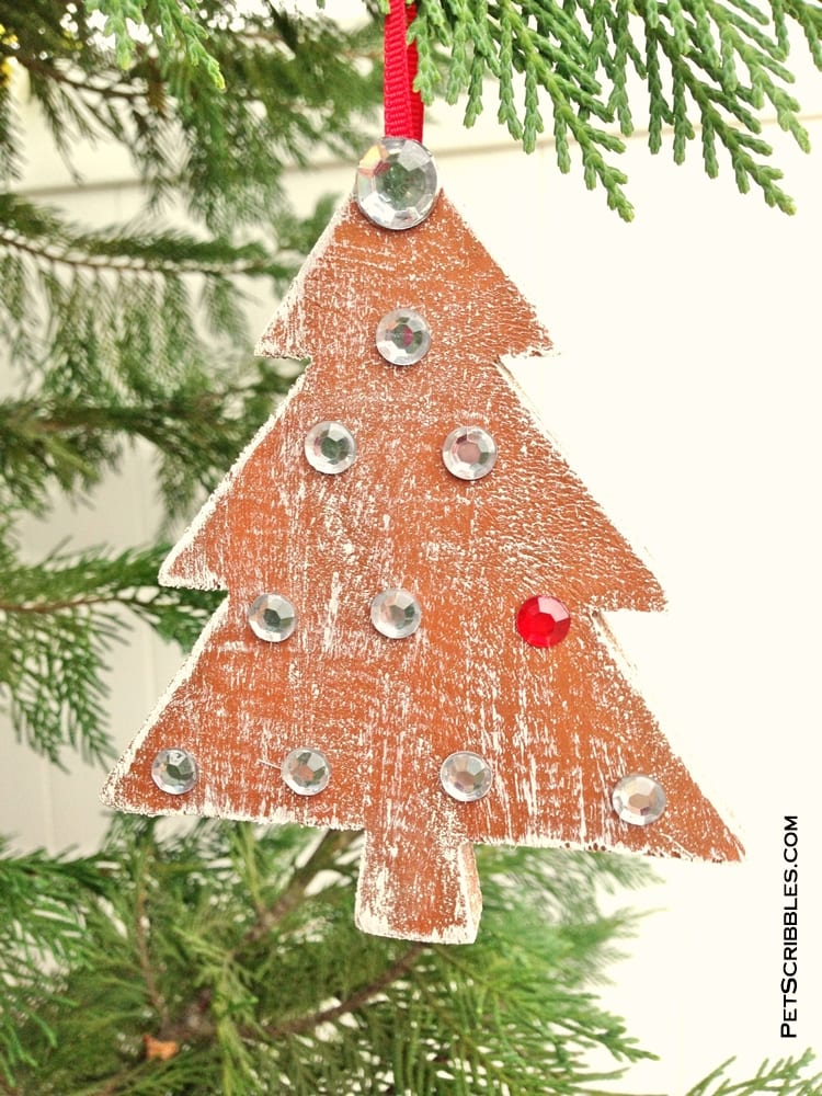 DIY Painted Outdoor Ornaments