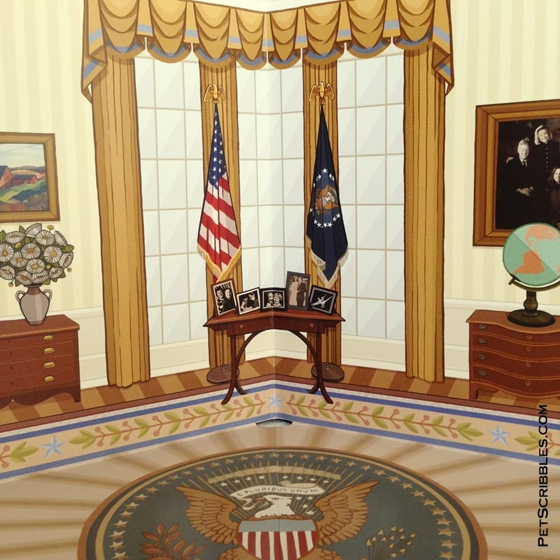 Oval Office in the Hillary Rodham Clinton Presidential Playset