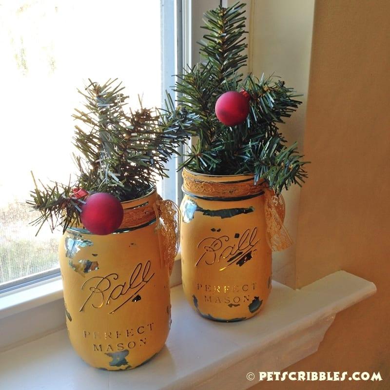 Christmas mason jar lanterns