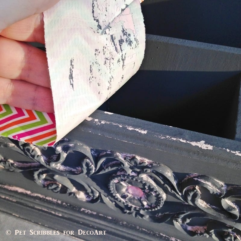 Use duct tape to easily distress chalky finish paint