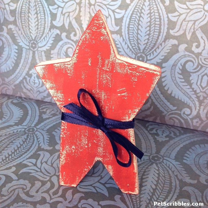 How to Decorate Year-Round with Rustic Wooden Stars