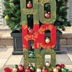 HO HO HO! A Festive Christmas Sled Display