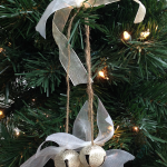 How to make a beautiful jingle bell ornament