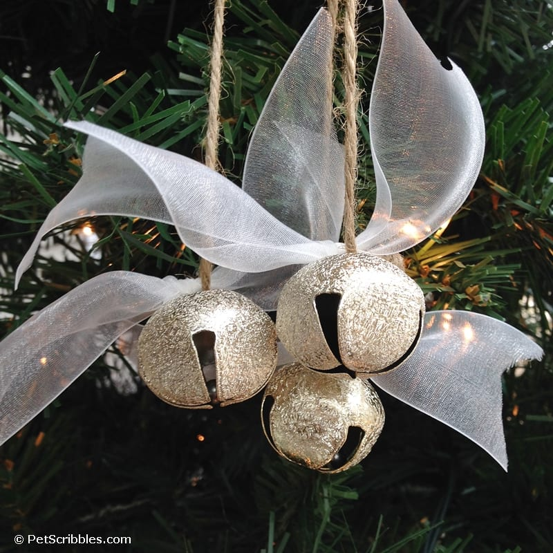How to make a beautiful jingle bell ornament in less than 15 minutes!