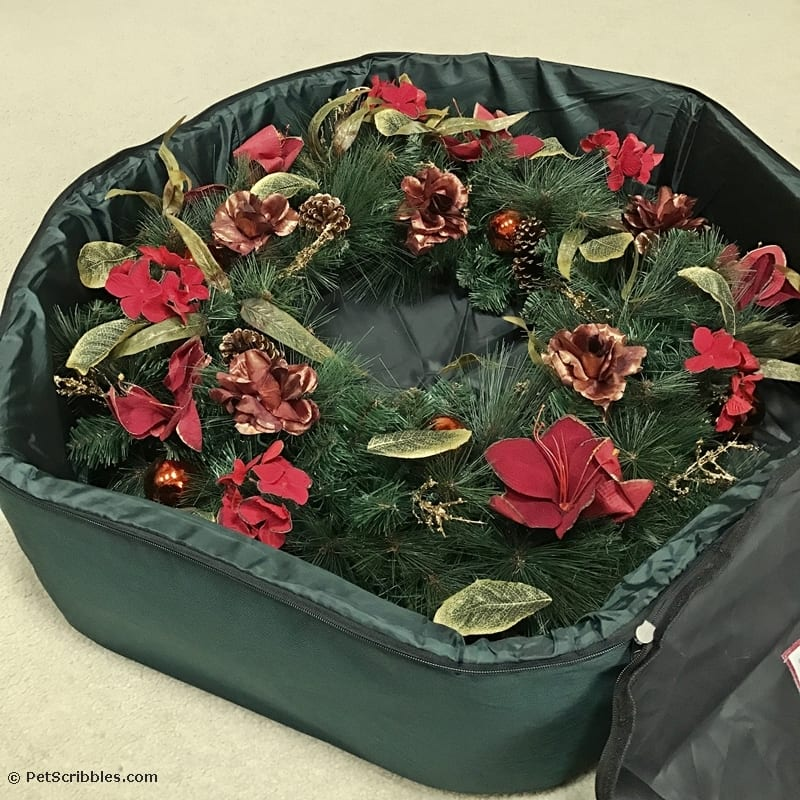 Store your Christmas wreath in the same size storage bag.