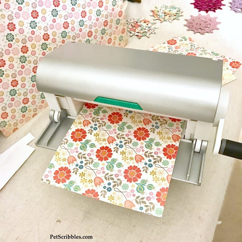 Dorm Room Decor: Easy way to make pretty magnets!