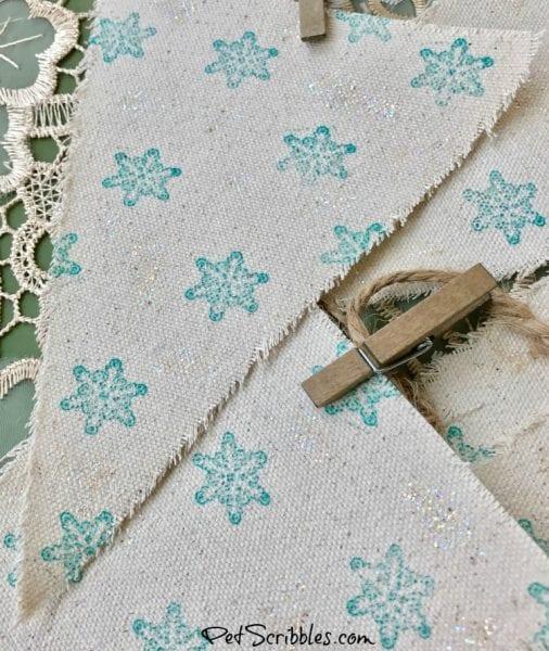 Farmhouse Decor: How to make a sparkling snowflake banner!
