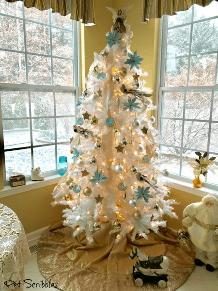 Garden Breakfast Room All Decorated For Christmas!