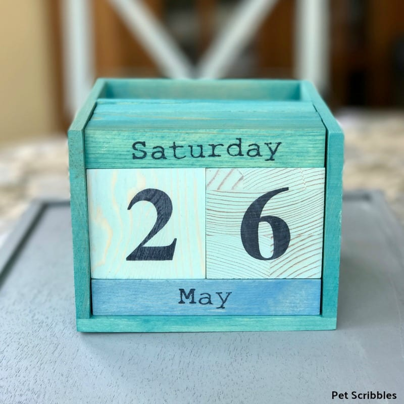 easy handmade Fathers Day gift perpetual calendar