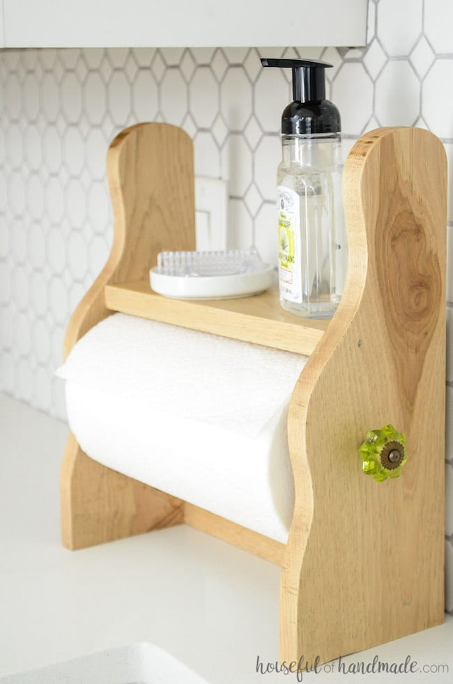 farmhouse-paper-towel-holder