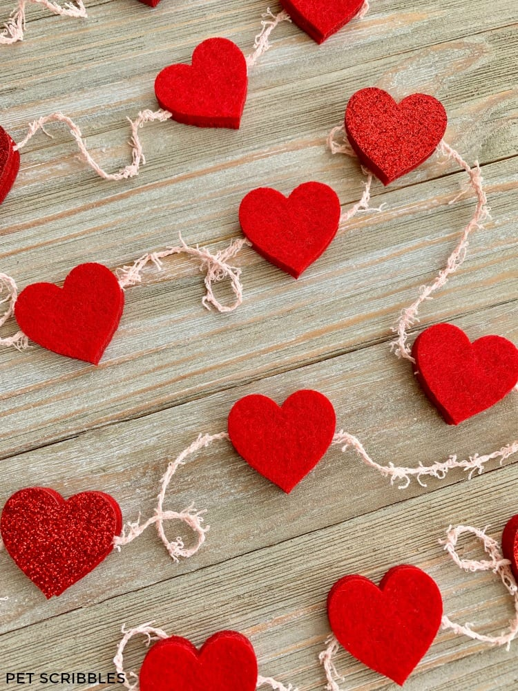 Easy No-Sew Red Felt Heart Garland