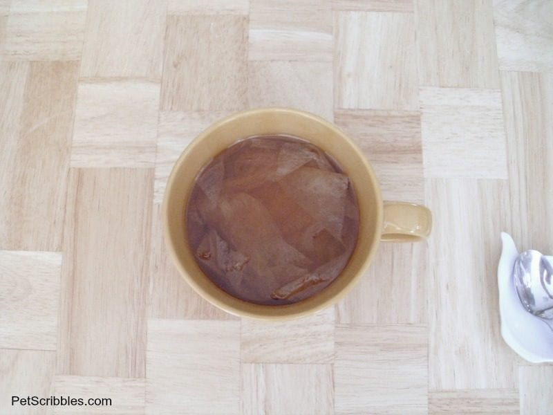 dryer sheets dying in black tea