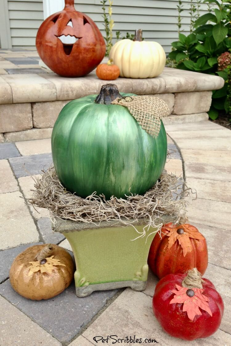 DIY metallic pumpkins for Fall decor indoors or outside
