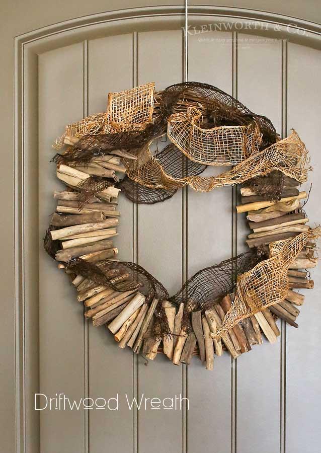 DIY Driftwood Wreath